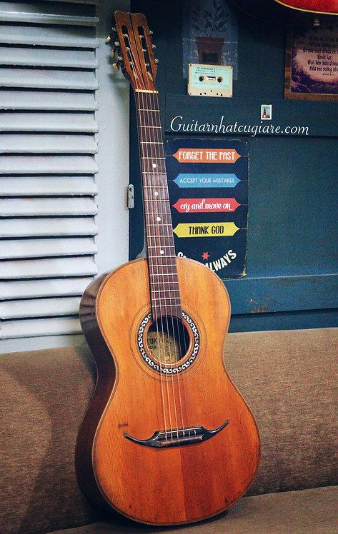 Guitar Suzuki No.35 Lacote style .
