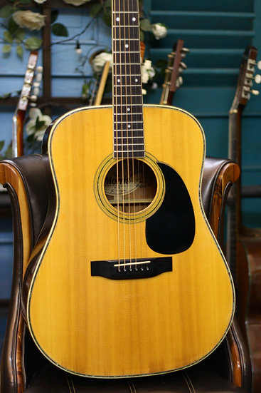 Guitar acoustic Morris W30 like new từ năm 1980s .