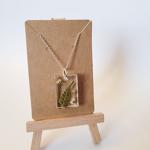 Real Fern Leaf and Baby's Breath Flowers Necklace