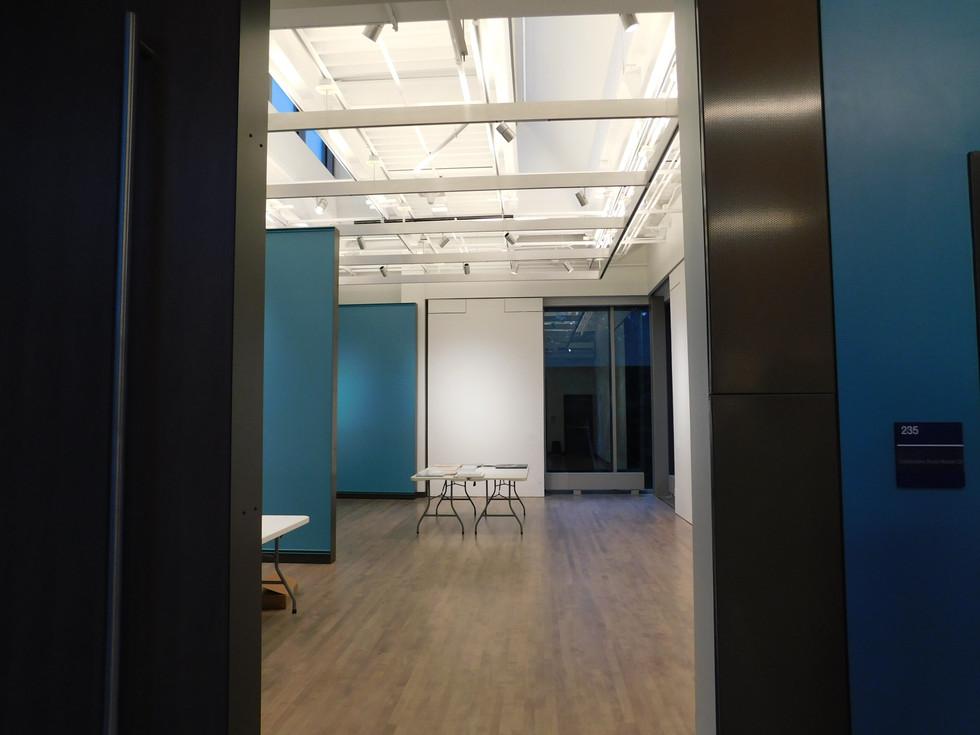 Empty exhibit