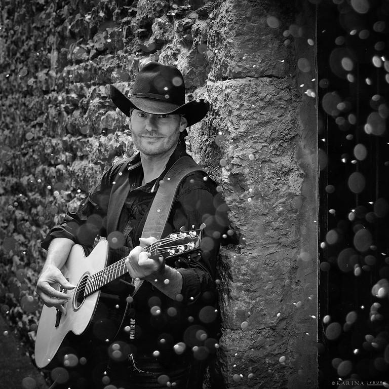 Chris Bannister at Christmas