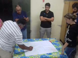 Pescadores artesanais de Balneário Barra do Sul indicam territórios pesqueiros do Ecossistema Babito