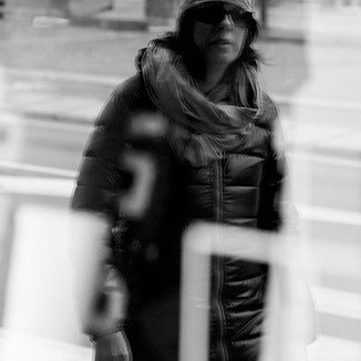 Window_sunglasses.jpg