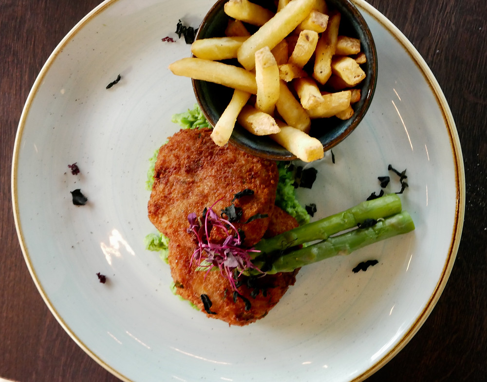 Riverside - Devon crab and lobster fish cakes