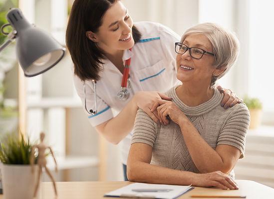 patient-listening-to-doctor-SKZXTAK.jpg
