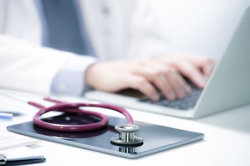 doctor-patient-DWZ4F2W.jpg