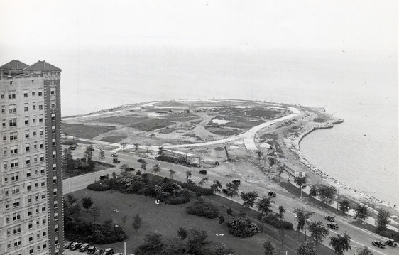 Aerial view of Promontory Point courtesy of Chicago Public Library Special Collections