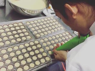 今年も幻の銘酒「仙櫻」のショコラを作っています