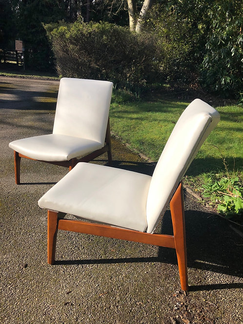 Pair of Parker Knoll 908/9/10 chairs