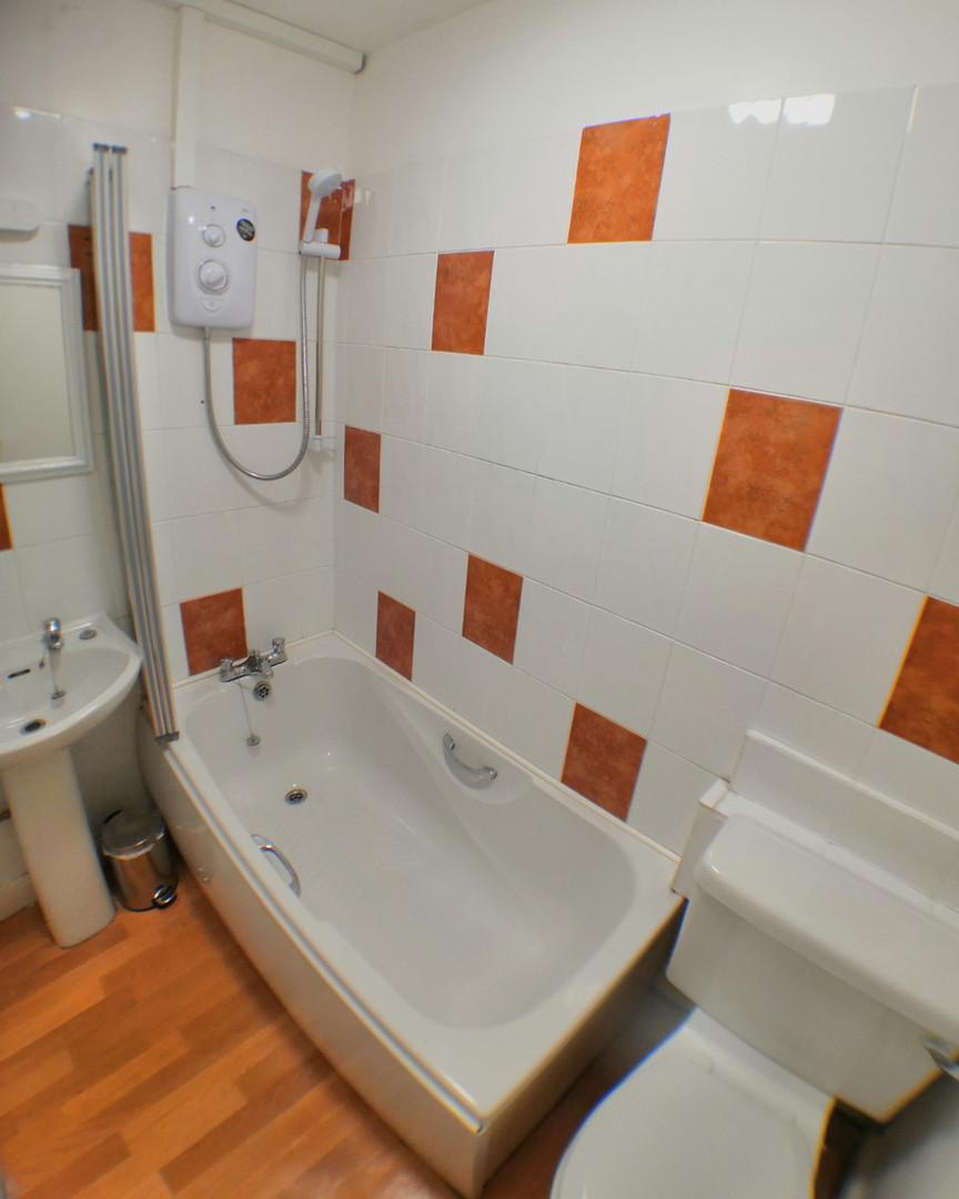 Sandpiper Bathroom