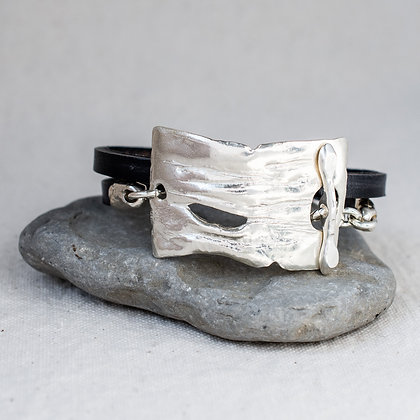 The Guardian Wrap in Blacksmith | Sterling Silver