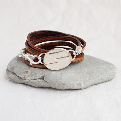 Oval Birch Pendant Wrap in English Saddle | Sterling Silver
