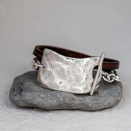 Self-love wrap in brown chestnut with sterling silver XO