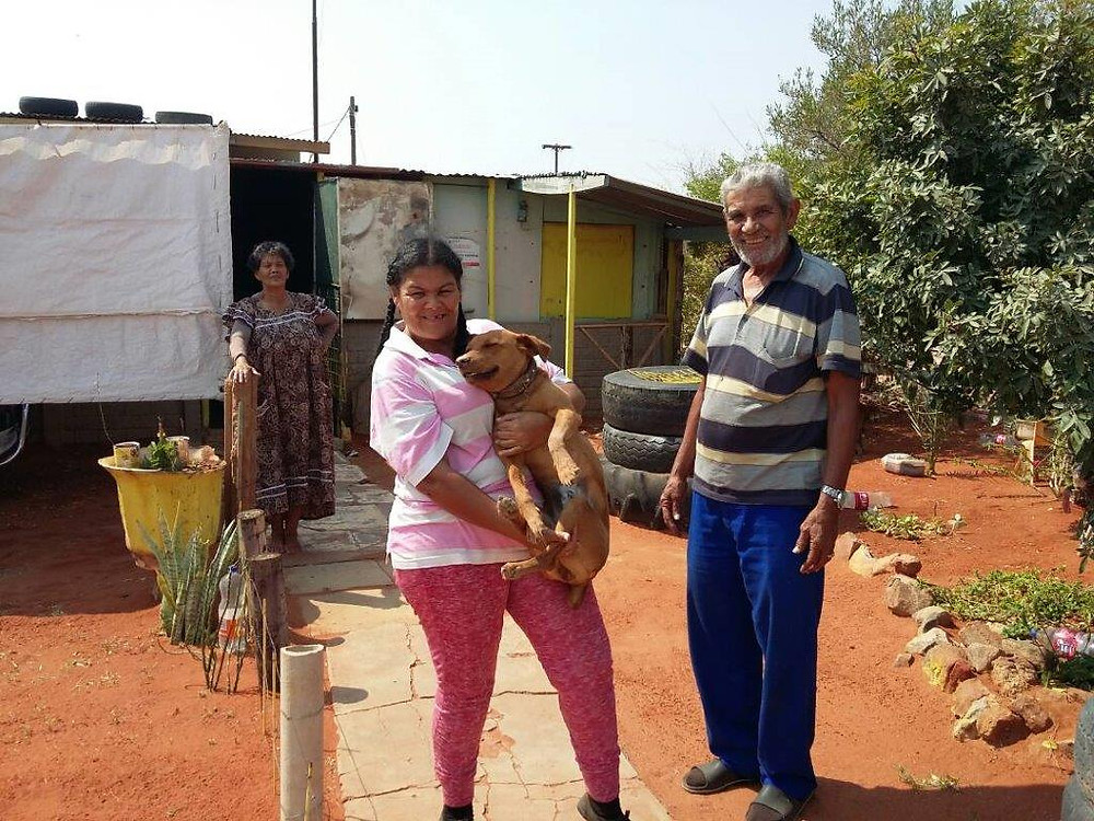 20 Sept Aranos dog spayed shown with her family