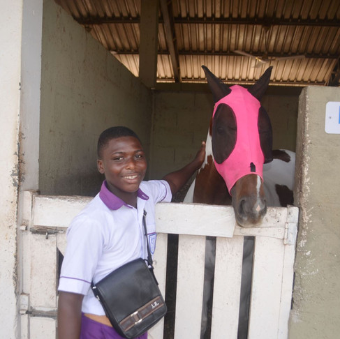 With AKI support, students in Ghana learn the joys of animals!