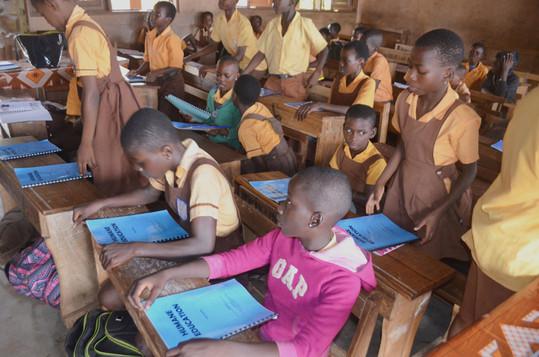 Pupils always recite Kindness club Pledge before lessons  (2).JPG