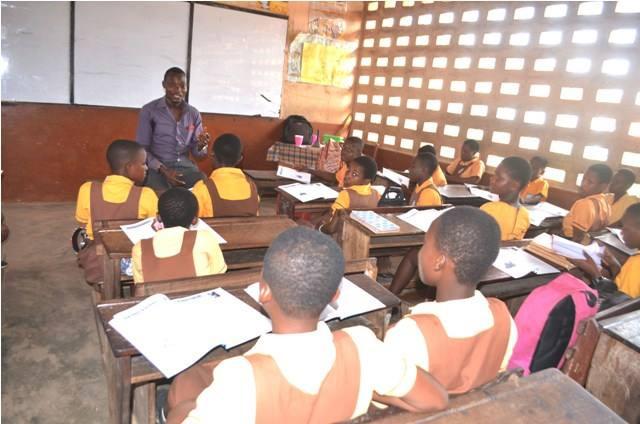 Samuel, the new HE teacher at Kwabenya