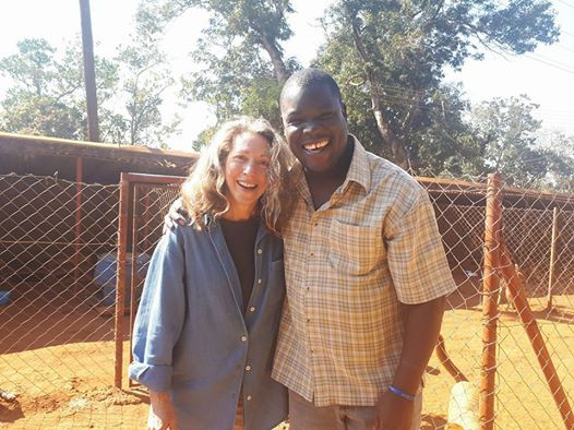 All Creatures' vet Richard Kimera Ssuna & AKI's Karen at the All Creatures' shelter