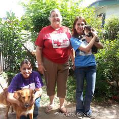 Pilar and volunteers