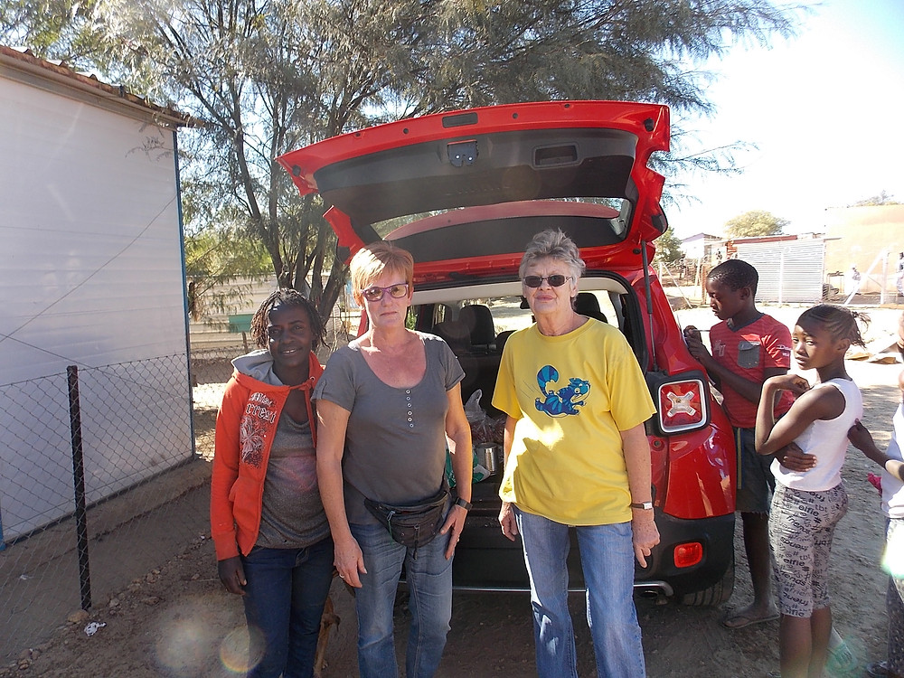 3 June in Katutura-some of the volunteers in Erika's group