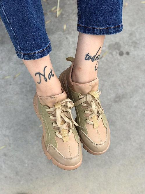 Бежевые текстильные кроссовки в стиле Dior фото