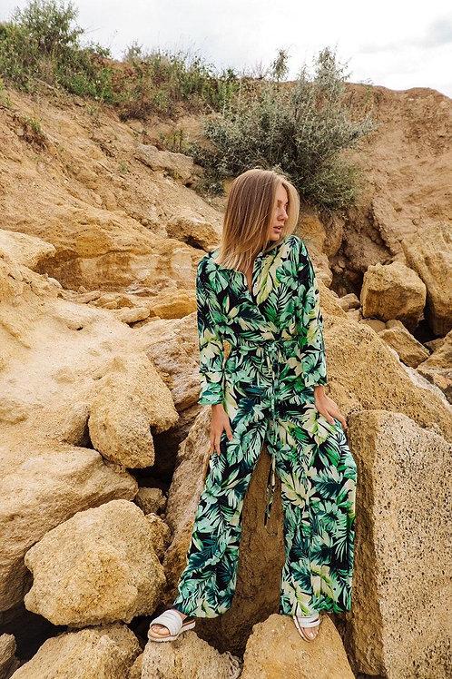 Брючный комбинезон в зеленые листья фото