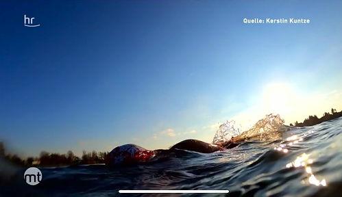 Kerstin Kuntze TV Feature HR Fernsehen, Sendung Maintower, Thema Winterschwimmen, Icemile, Wasserlust