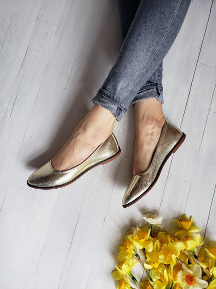 Золотые натуральные кожаные балетки TM BONA