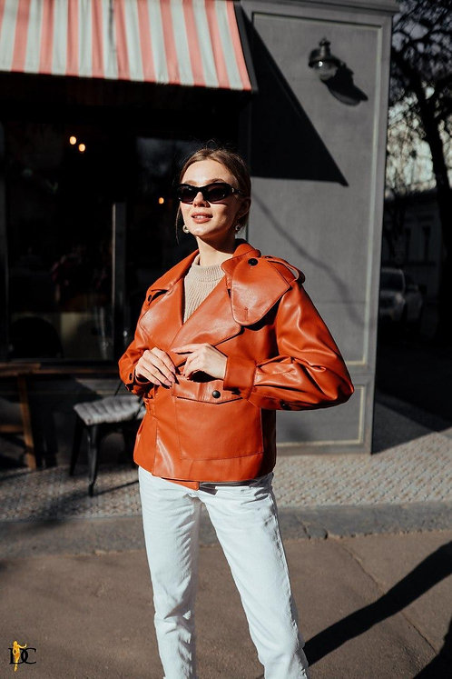 Терракотовая кожаная куртка фото