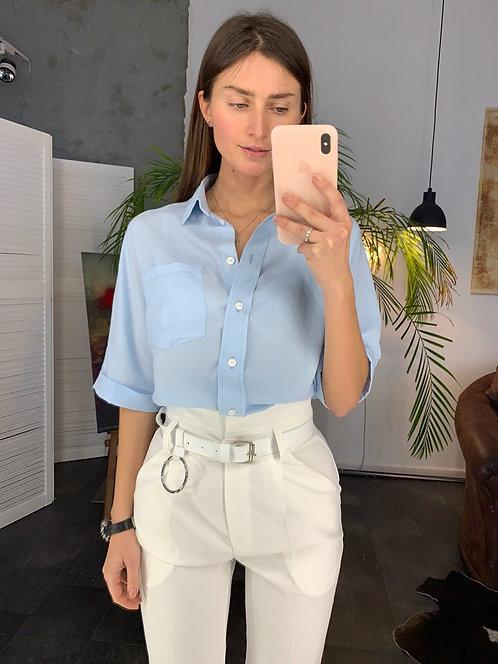 Легкая сатиновая блузка с коротким рукавом фото