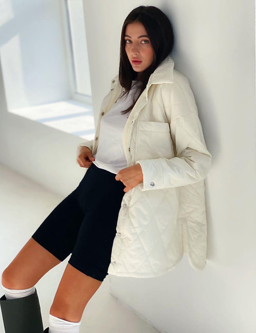 Стеганая молочная куртка рубашка фото