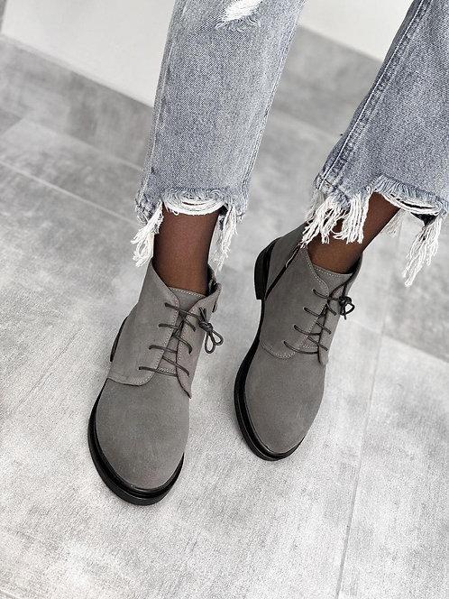 Серые низкие ботинки на шнурках натуральная замша фото
