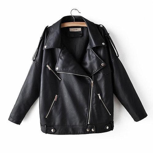 Черная кожаная удлиненная куртка косуха oversize фото