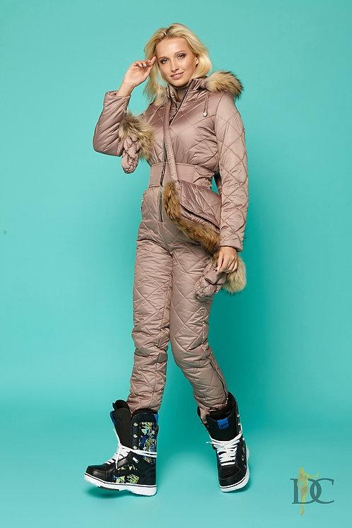 Лыжный комплект мокко: комбинезон, варежки и сумка фото