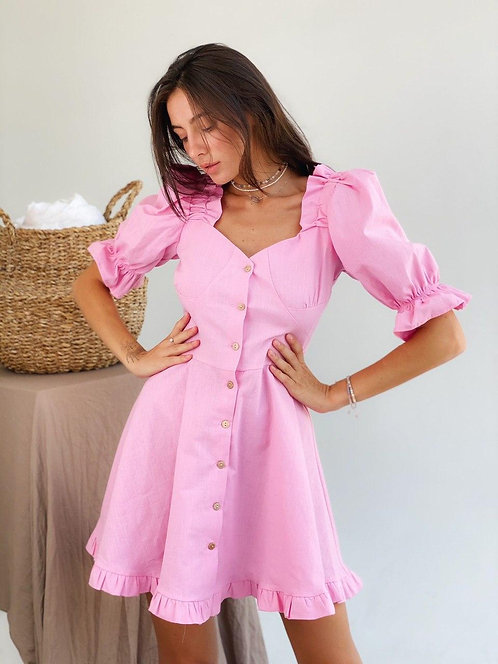 Розовое льняное короткое платье с рукавами буффами фото