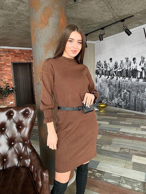 Платье в рубчик с пышными рукавами фото