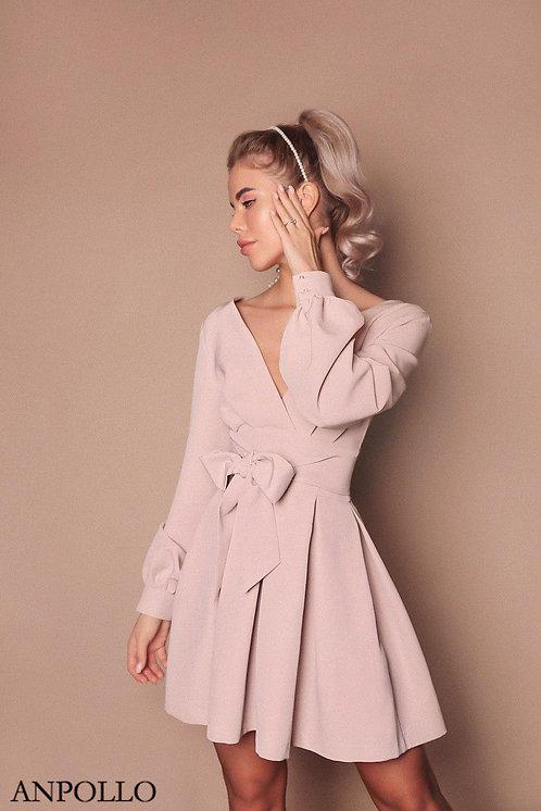 Короткое платье на запах с пышной юбкой фото