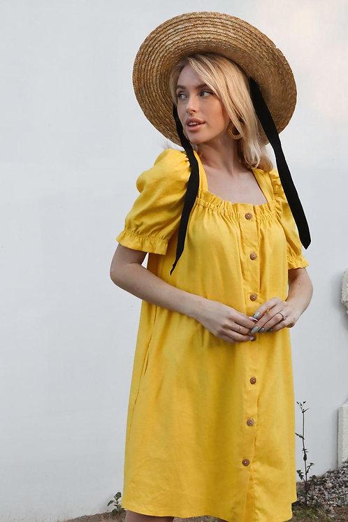 Желтое короткое льняное платье фото