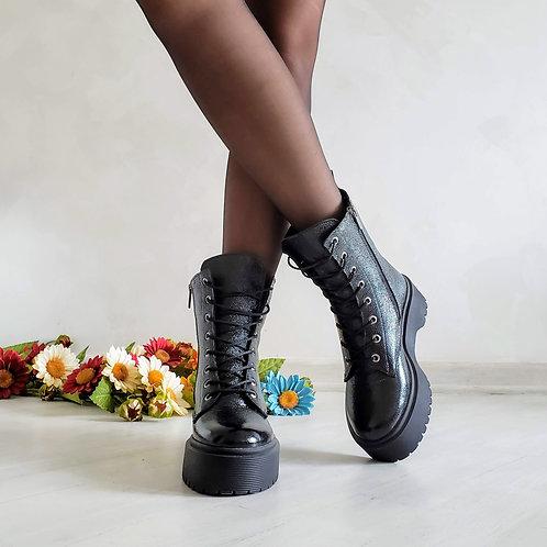 Черные лаковые женские ботинки на шнурках натуральная кожа фото