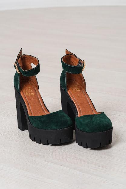 Натуральные замшевые открытые туфли на тракторной подошве и каблуках TM BONA