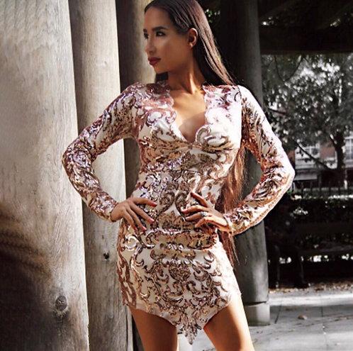 Блестящее мини платье в пайетках BLK