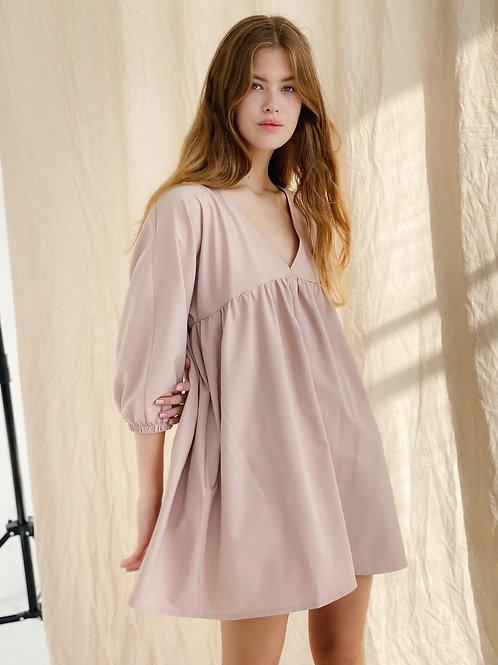 Пудровое короткое платье бэбидол фото