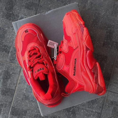 Красные кроссовки Balenciaga Triple S Clear Sole Red фото