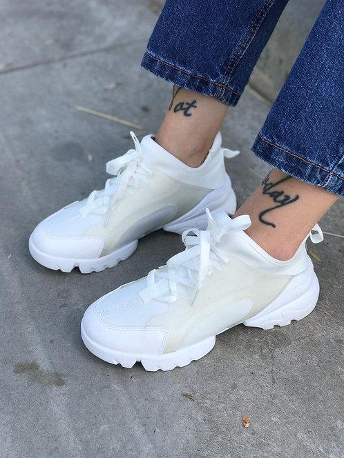 Белые текстильные кроссовки в стиле Dior фото