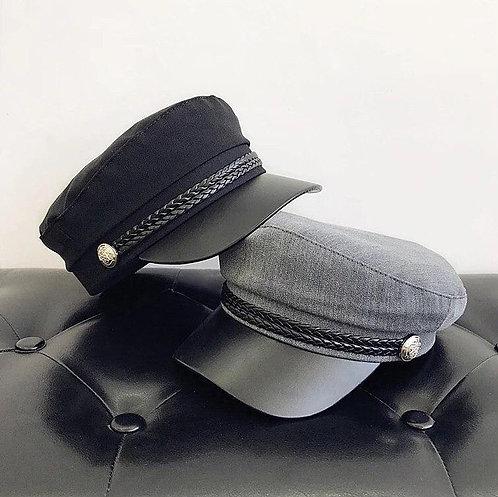 Текстильная фуражка кепи с кожаным козырьком фото