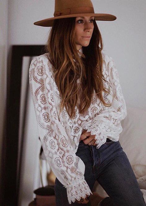 Кружевная блузка с длинным рукавом фото