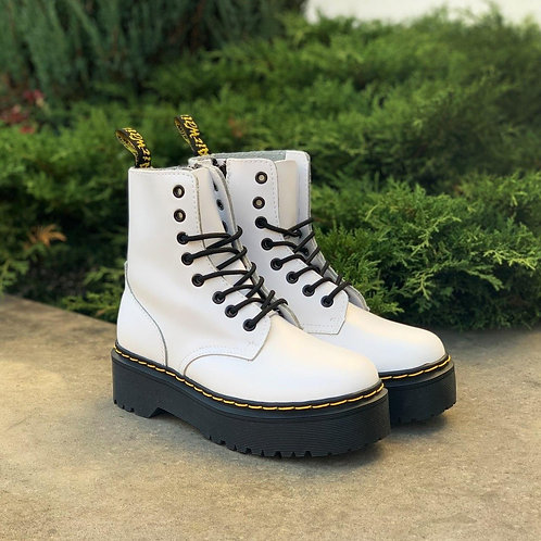 Белые ботинки на платформе Dr. Martens Jadon White фото