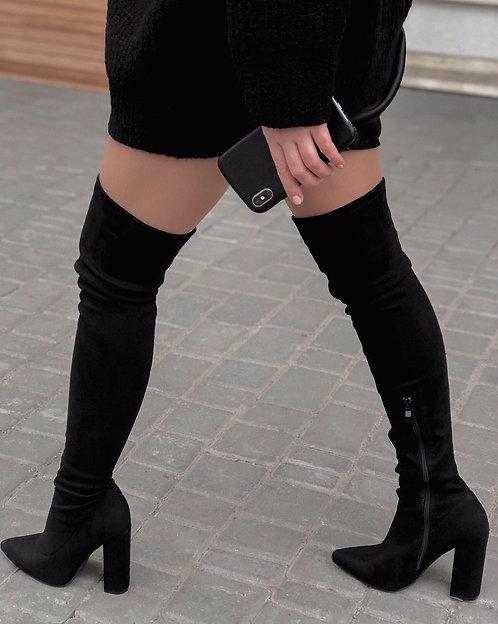 Черные замшевые ботфорты на каблуках Италия фото