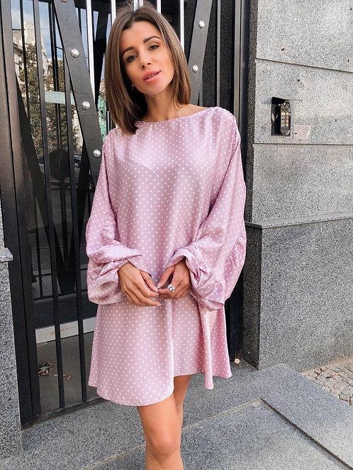 Розовое шелковое платье в белый горошек фото