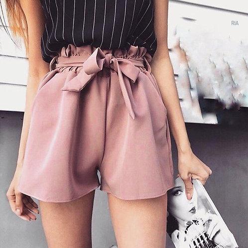 Стильные летние шорты с эластичным поясом фото